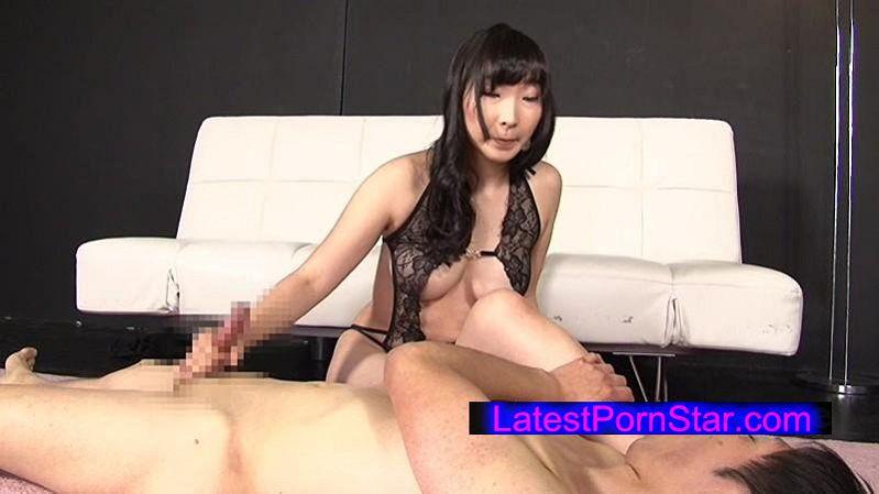[MGMJ-007] 意地悪な女の子と変態な足性癖 峰エリ