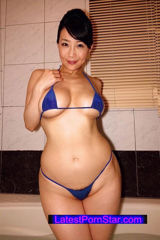 [MOT-193] 禁断の近親愛 美巨乳肉欲色情母 美奈子 45歳 Gカップ(90cm)
