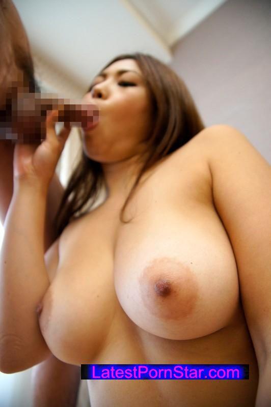 [SHE-369] 街角美巨乳ナンパ!おっぱいを揺らし感じまくる素人女子12人4時間