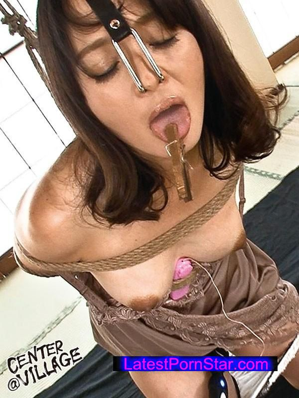 [ZEAA-007] 年齢を感じさせない美貌の奥様は、とてもエゲツない性癖をお持ちの猥褻マダムだった。 安野由美