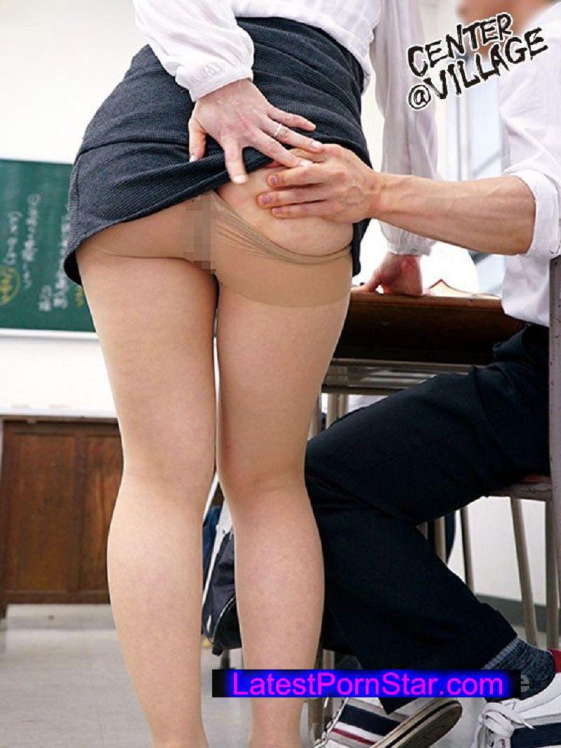 [IQQQ-02] 声が出せない絶頂授業で10倍濡れる人妻教師 吉野かおる