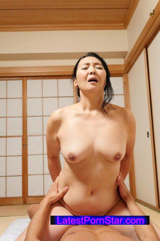 [AV-160] 爆乳・巨尻嬲りな豊満母さん 4 松岡瑠実