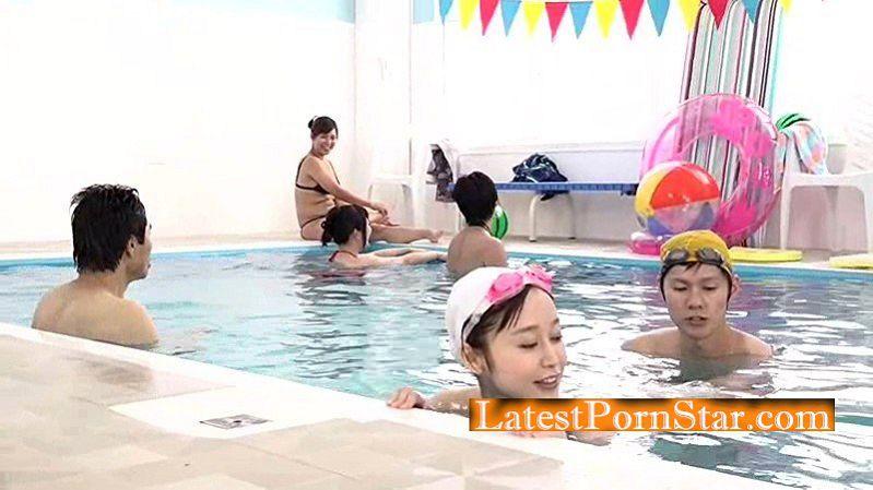 [RCTD-018] 母親と息子が水中でこっそり近親相姦ゲーム