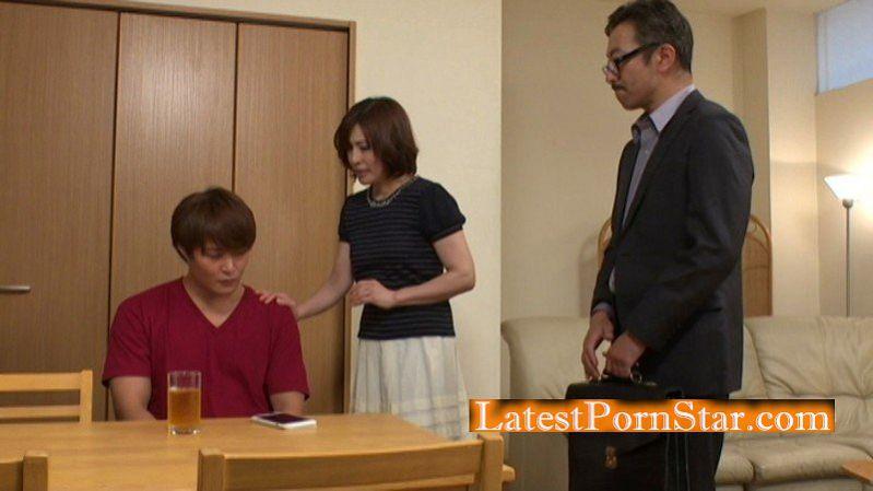 [EMAZ-366] 童貞を奪った義母の再婚を反対する僕 嶋崎かすみ