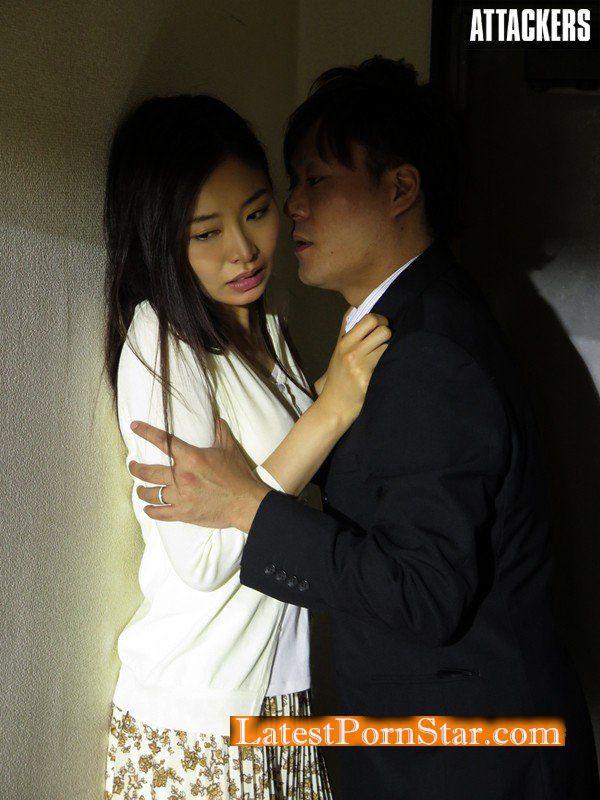 [RBD-858] 忍び寄る隣人 ストーカーに愛された人妻 夏目彩春