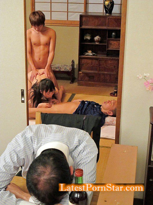 [NATR-573] 近親相姦~【不言】隣にお父さんがいるのよ~ 羽月希