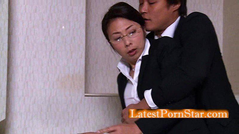 [HD][NSPS-641] ~とある逆転夫婦のエロ話~ 若い男にねとられました。 一条綺美香