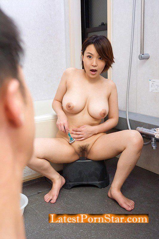 [UMSO-168] お風呂でムダ毛処理中に叔父がまさかの乱入!!イヤラシイ身体に育った姪に勃起チ○ポを抑えられず性的悪戯!?