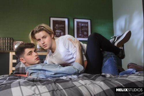 HelixStudios – Haunted Holes (Bareback)