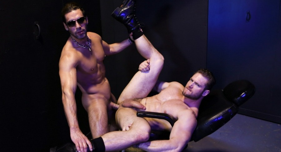 ExtraBigDicks – Sex Club Fucking – Alexander Garrett & Ace Era