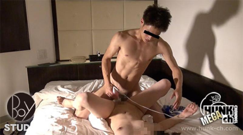 HUNK CHANNEL – BOY-423 – 爽やかイケメンが密室でドエロの生交尾!!!