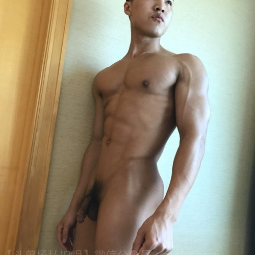 Chinese maleshow – He Yong