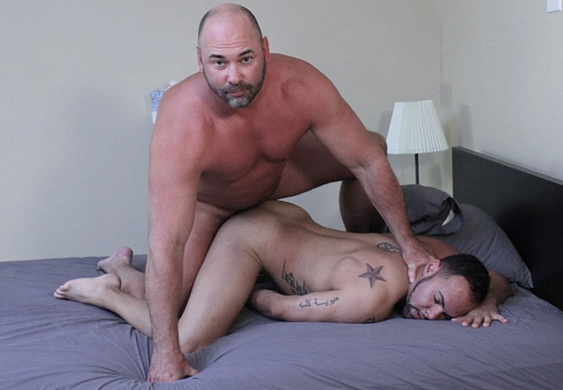 BreedMeRaw – Tyler Reed and Alejandro Fusco (Bareback)