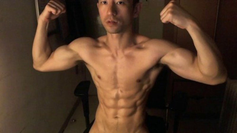 Chinese maleshow – Live Broadcast – 6-Packs Fit Asian Jerking Part 1 筋肉男自画撮りSEX