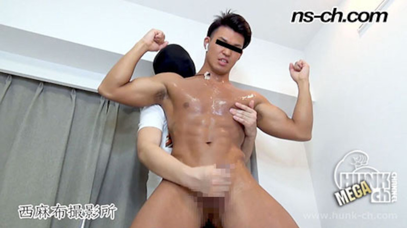 HUNK CHANNEL – NS-568 – 真夏に日焼けしたS級筋肉男子が仁王立ち潮吹き!!