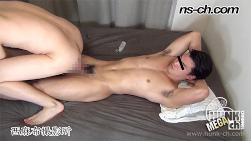 HUNK CHANNEL – NS-689 – S級筋肉男子、タチ役再出演アナルSEXからノーハンド射精!!