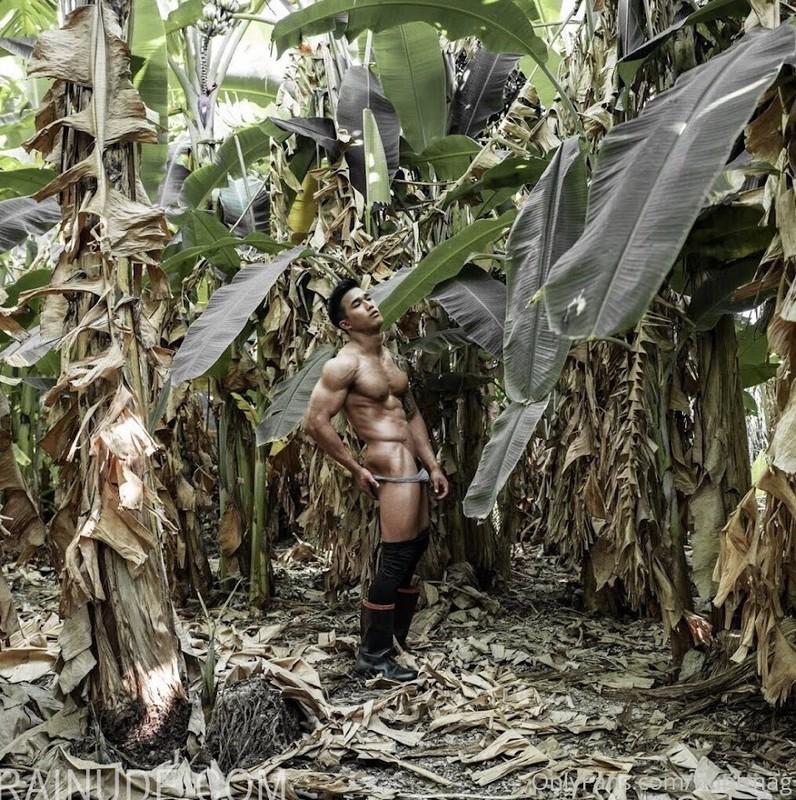 Hunt mag – The Farmer 01 – Earth Woraphong